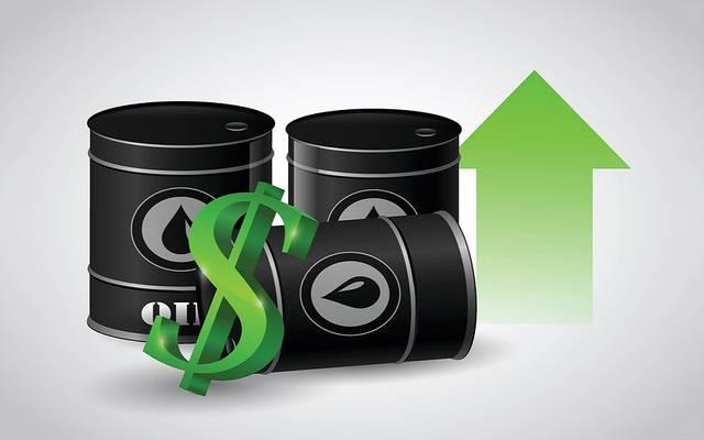 بعد مكاسب 15% هذا العام.. ماذا يحدث في سوق النفط؟