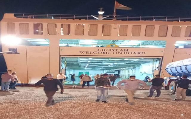 وصول المصريين ميناء نويبع