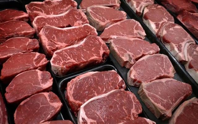 بيع اللحوم والمنتجات الغذائية الحيوانية