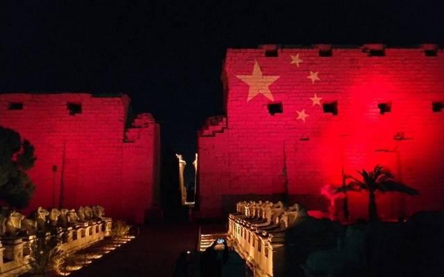 مصر تضيء معالمها الأثرية بألوان علم الصين - أرشيفية