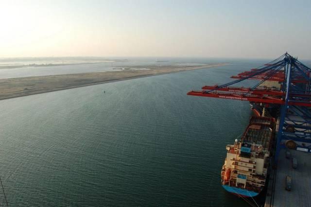 """""""ملاحة بورسعيد"""" تدعو ميناء بيريوس اليونانى للتعاون اللوجيستي"""