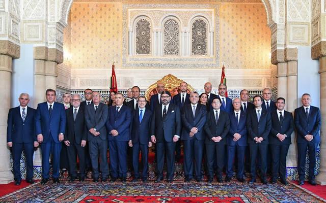 العاهل المغربي الملك محمد السادس مع التشكيل الجديد للحكومة برئاسة سعد الدين العثماني