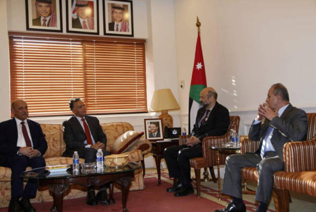 جاني من اجتماع رئيس الوزراء الأردني بوزراء النقل لدى كل من مصر والعراق والأردن