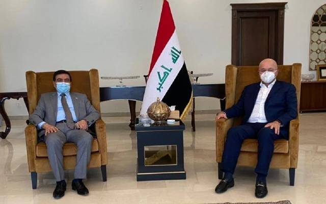 رئيس الجمهورية، برهم صالح، يستقبل وزير الدفاع جمعة عناد، في مدينة السليمانية