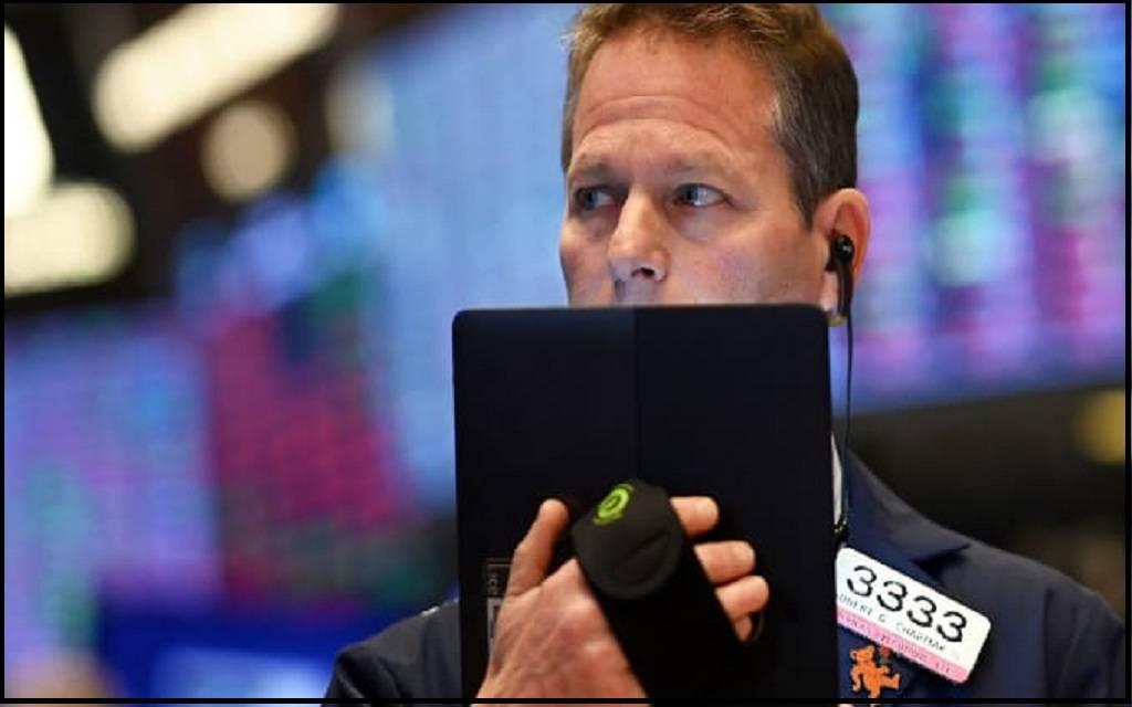صناديق الأسهم الأمريكية تفقد 3.3 مليار دولار في أسبوع
