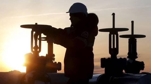 برميل النفط الكويتي ينخفض 70 سنتاً في تعاملات أمس