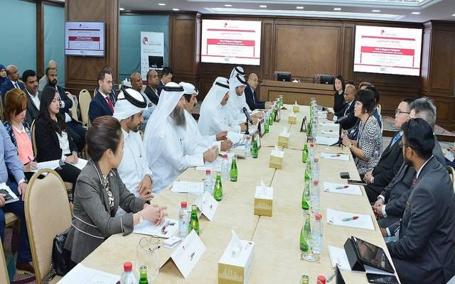 خلال اجتماع غرفة قطر مع الوفد السنغافوري