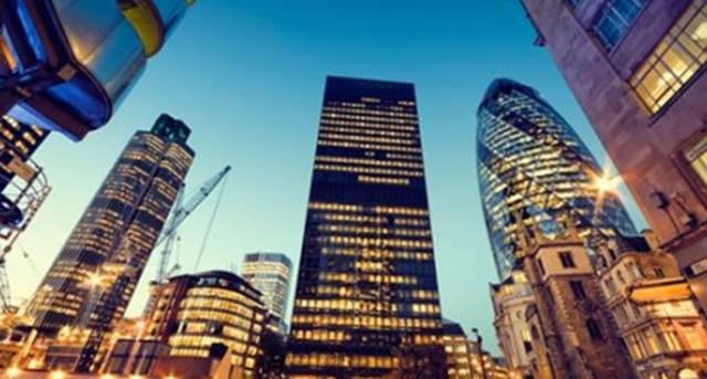 تقرير: مستثمرو الشرق الأوسط يقتنصون الفرص العقارية في أوروبا