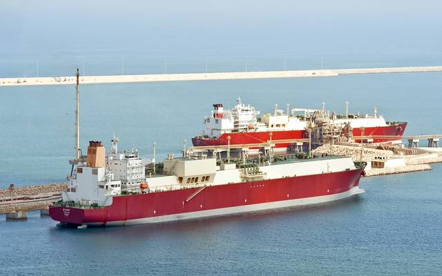 """""""ناقلات"""" القطرية تتولى إدارة سفينة بالكامل من """"شل"""""""