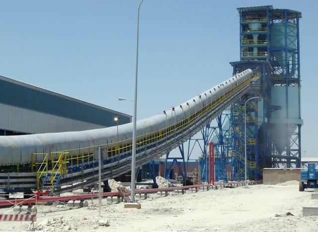 أحد خطوط إنتاج شركة ألبا
