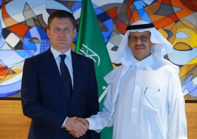 وزير الطاقة السعودي، الأمير عبدالعزيز بن سلمان بن عبدالعزيز ونظيره الروسي ألكسندر نوفاك خلال لقاء سابق