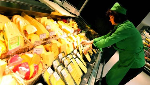 Global food prices hit 2-year peak in November