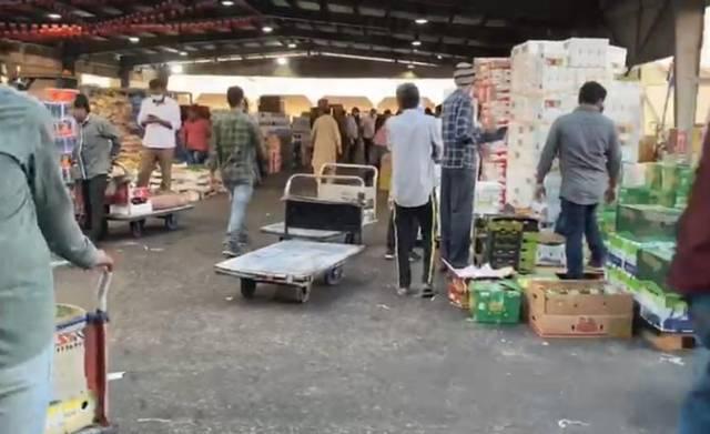 """""""كهرباء"""" البحرين تتوصل لحل مشلكة متأخرات البلدية لدي محال سوق العاصمة المركزي"""