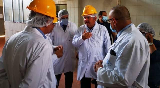 وزير قطاع الأعمال المصري يبحث سبل تطوير النصر للكيماويات الدوائية