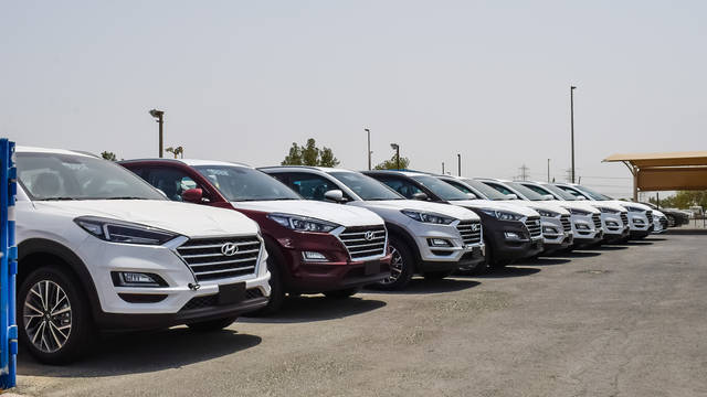 صورة أرشيفية لأحد مواقف السيارات في الإمارات