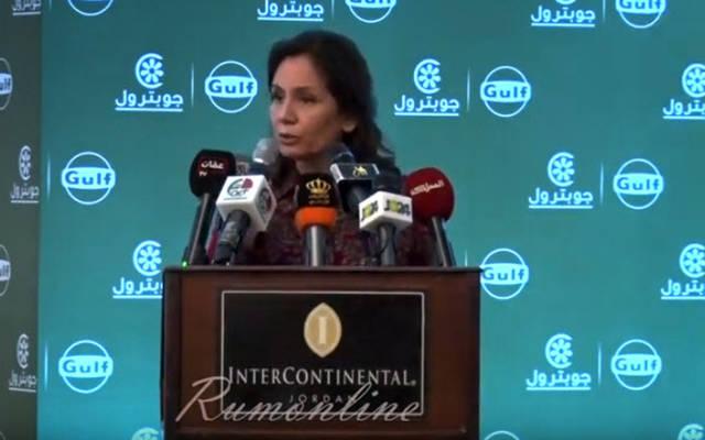هالة زواتي وزيرة الطاقة والثروة المعدنية الأردنية خلال حفل توقيع اتفاقية الاستحواذ بين الشركتين