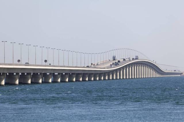 اليوم.. بدء التشغيل التجريبي لعبور الدراجات النارية لجسر الملك فهد