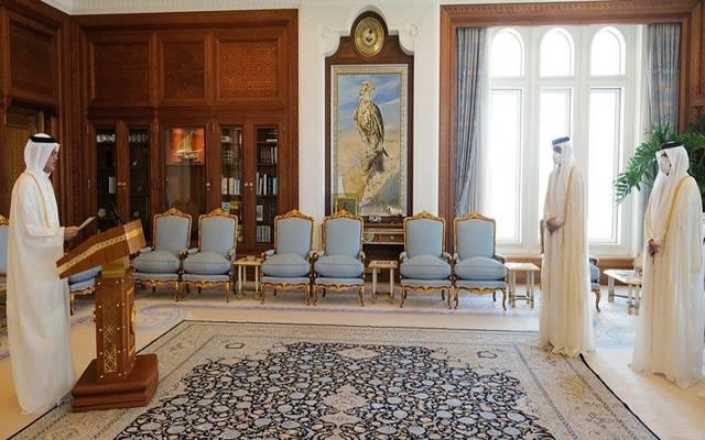 خلال أداء اليمين الدستورية أمام أمير قطر
