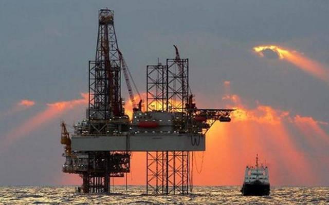 النفط يختتم تداولاته بانتعاش نسبي عقب تصريحات خفض الانتاج