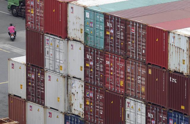14 مليار دولار فائض تجارة الكويت في 5 أشهر