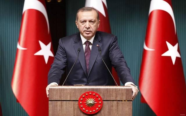 الليرة التركية تواصل الهبوط مع بدء العملية العسكرية في سوريا