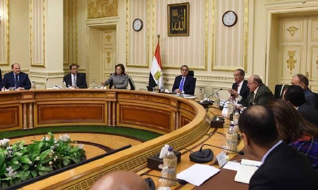 اجتماع رئيس مجلس الوزراء المصري مصطفغى