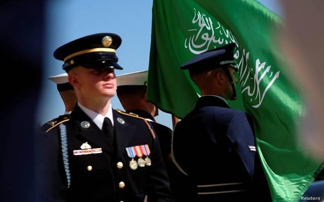 السعودية تستثني العسكريين المشاركين في الحروب من الحبس والمنع من السفر
