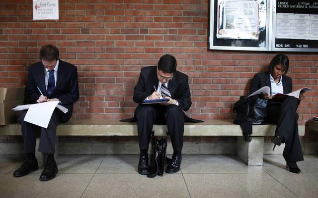 ارتفاع طلبات إعانة البطالة الأمريكية أقل من التوقعات
