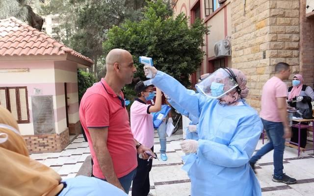 مصر تسجل 421 إصابة جديدة بفيروس كورونا و28 حالة وفاة.. الأربعاء