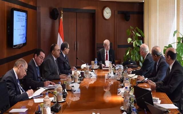 جانب من اجتماع متابعة مشروع تطوير المنطقة بحضور رئيس مجلس الوزراء شريف إسماعيل