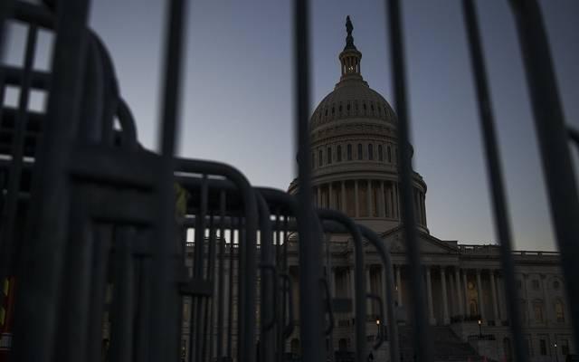إدارة ترامب ومجلس الشيوخ يتوصلان لاتفاق بشأن حزمة التحفيز