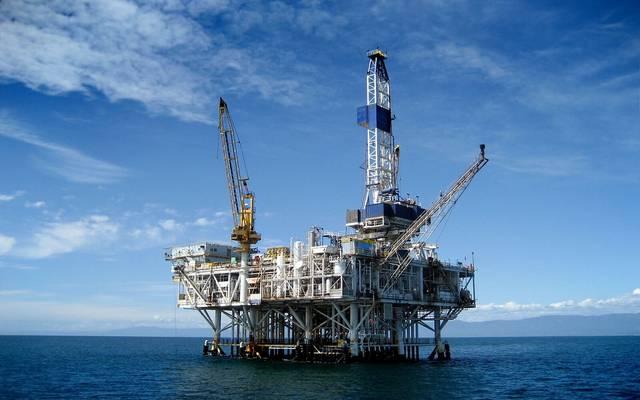 """النواب المصري يسمح لـ""""البترول"""" بالتعاقد على البحث والاستكشاف بـ8 مناطق"""