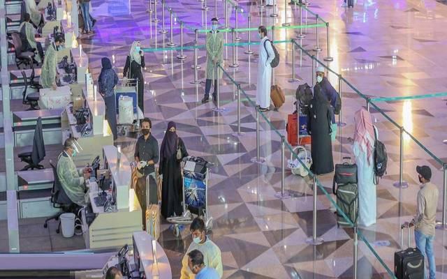 الرحلات الداخلية تعاود الانطلاق من مطار الملك عبدالعزيز الدولي وسط إجراءات احترازية مكثفة