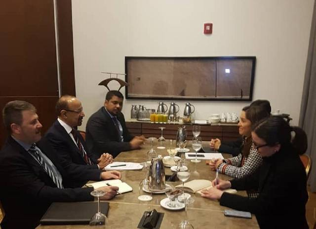 جانب من اجتماع الفالح مع وزير الطاقة في كولومبيا