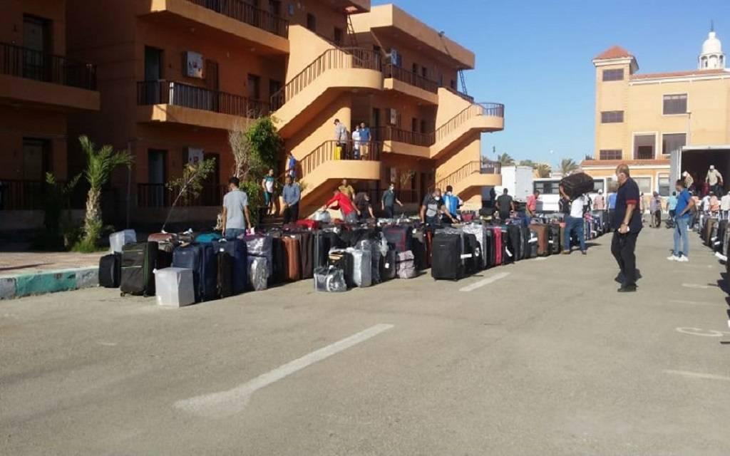 وزير: المدينة الشبابية ببورسعيد تستقبل 276 مصرياً عائداً من الإمارات