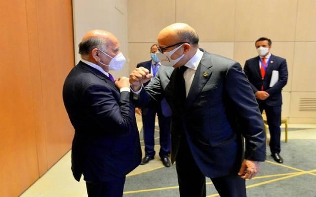 وزير الخارجية العراقي ونظيره البحريني يبحثان سبل تعزيز العلاقات الثنائية