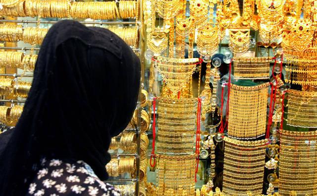 تحليل: أسواق الذهب بالخليج تتأهب لموسم حافل
