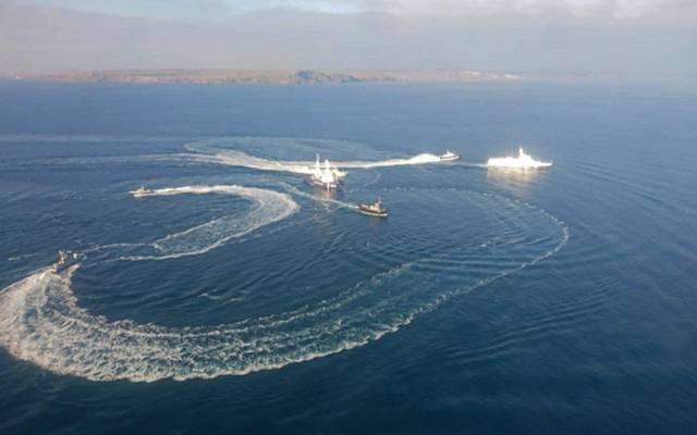 تصاعد التوترات بين روسيا وأوكرانيا بعد مصادرة 3 سفن حربية
