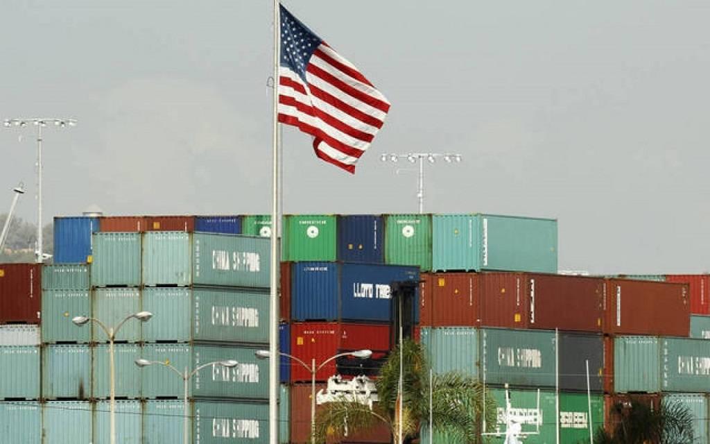 عجز الميزان التجاري الأمريكي يرتفع 1.9% في يناير