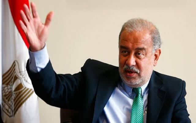إسماعيل: لا يمكن الاستمرار في دعم وتطوير شبكات الكهرباء في المناطق التي تشهد سرقات للتيار