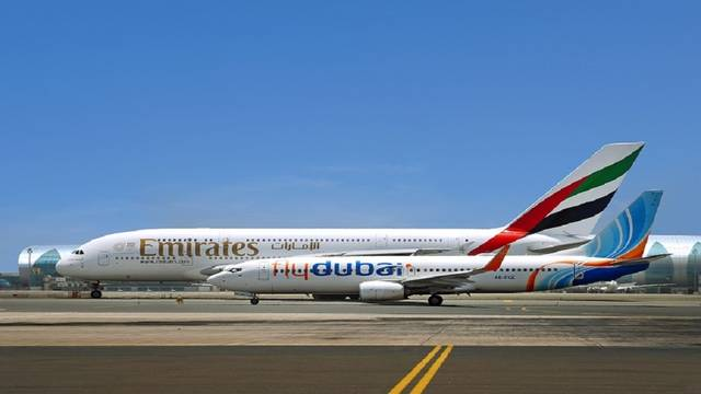 طائرتان تابعتان لشركتي فلاي دبي وطيران الإمارات