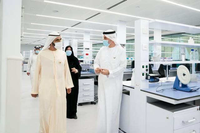 الشيخ محمد بن راشد آل مكتوم نائب رئيس الإمارات رئيس مجلس الوزراء حاكم دبي خلال افتتاحه المركز