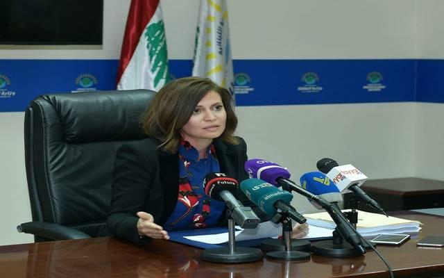 وزيرة الطاقة تُحمِّل حاكم مصرف لبنان أزمة الوقود