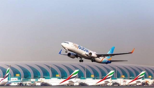 طائرات بمطار دبي الدولي