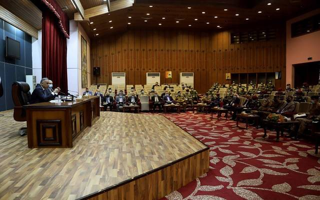رئيس مجلس الوزراء العراقي، القائد العام للقوات المسلحة، مصطفى الكاظمي، خلال زيارة إلى مقر وزارة الداخلية