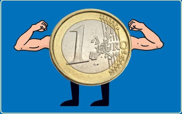 اليورو وأزمة الوباء.. كيف تعلم الجميع تفضيل العملة الأوروبية؟