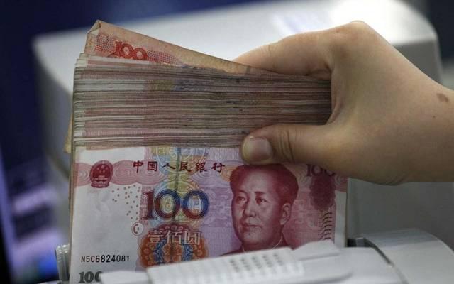 اليوان الصيني يتجه لحصد أفضل أداء أسبوعي منذ 2005