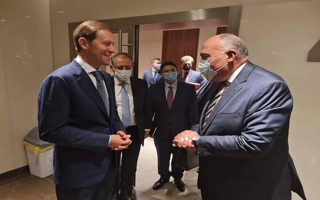 وزير الصناعة والتجارة الروسي دنيس مانتوروف، مع وزير الخارجية المصري سامح شكري