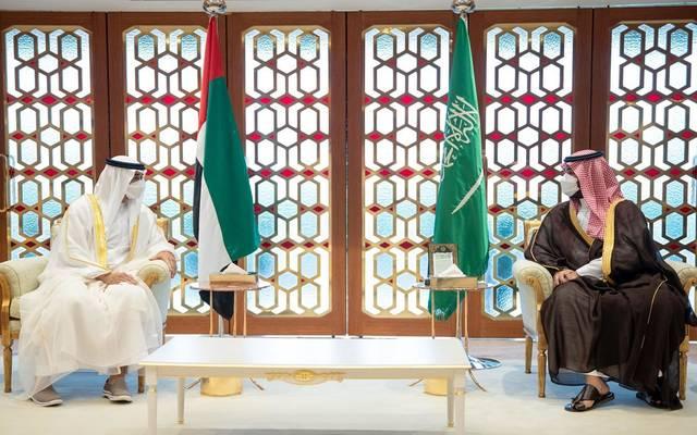 ولي العهد السعودي يناقش مع محمد بن زايد الشراكة الاستراتيجية