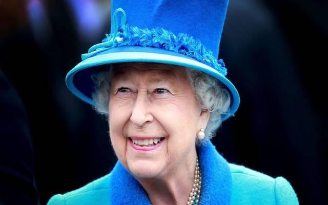 ملكة بريطانيا تطالب المشرعين بإنهاء نزاعاتهم